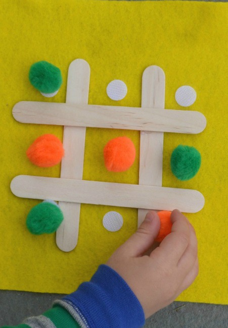 Quiet time activities for travel car ride - tic tac toe