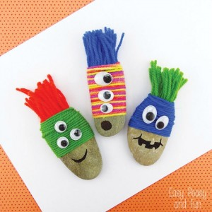 Yarn crafts for kids - monster rocks