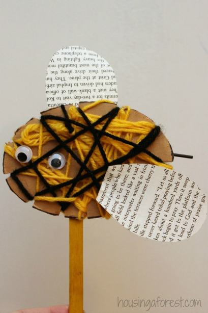 Yarn crafts for kids - woven bees