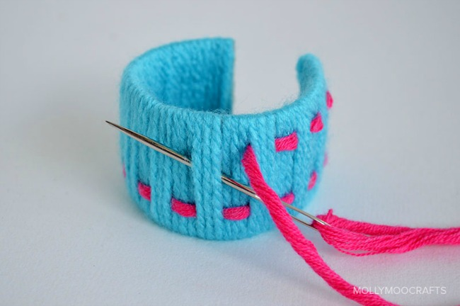 Yarn crafts for kids - woven bracelets