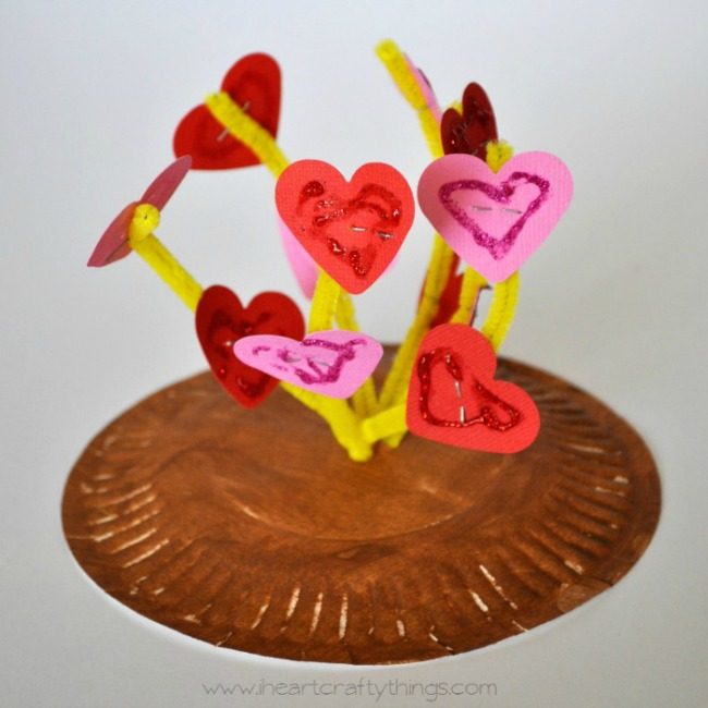 paper plate valentine crafts - plant a kiss