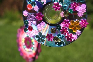 Spring crafts for toddlers - cd wind spinners