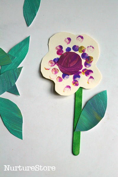 Spring crafts for toddlers - fingerprint flowers