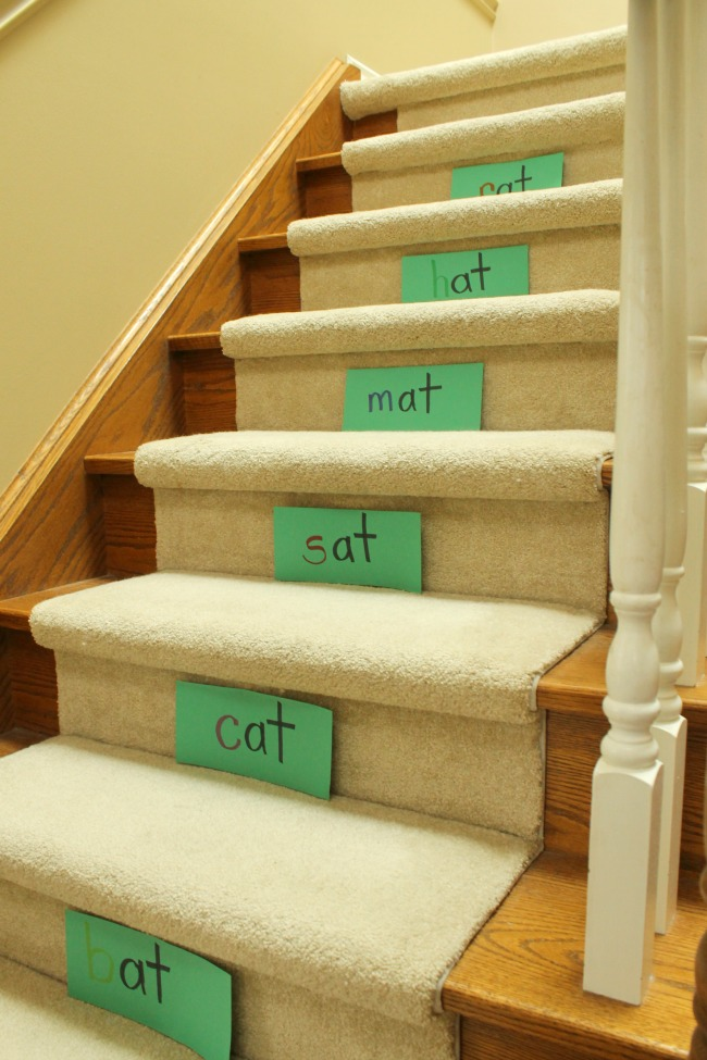 Great ways to practise reading, word families, sight words, and letters on the stairs! Awesome preschool activities for 3 year olds #preschool #learntoread #learning