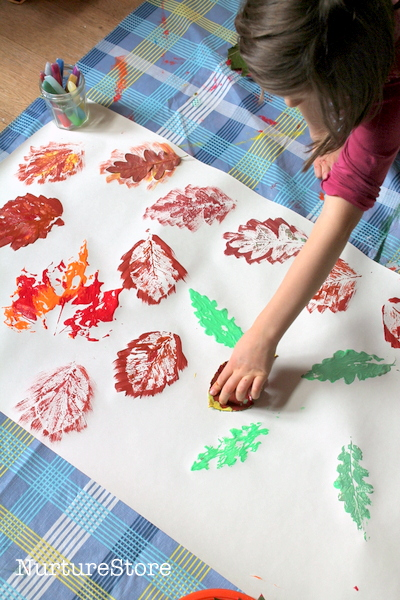Fall crafts for kids - leaf printing