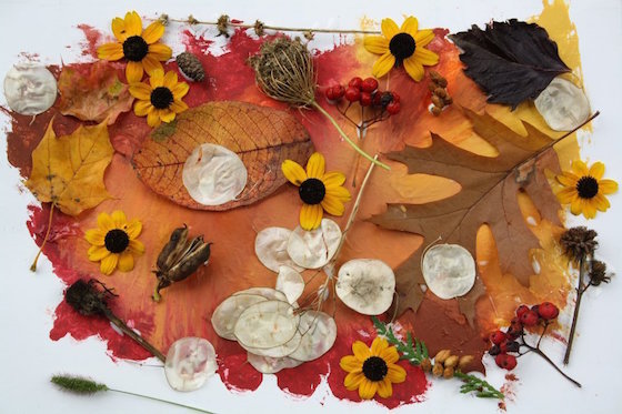 Fall leaves craft - leaf collage