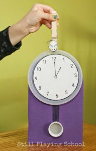 Learn to tell time - Hickory Dickory Dock clock craft