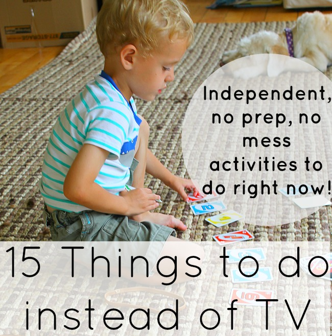 These preschool activities are great instead of the TV. No prep, no mess, independent activities for kids to do instead of watching TV! #preschoolactivities #preschool