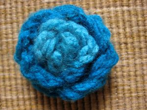 knitting-for-kids-knit-brooch
