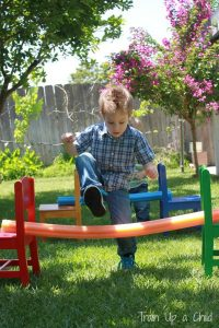 obstacle-course-ideas-with-pool-noodles
