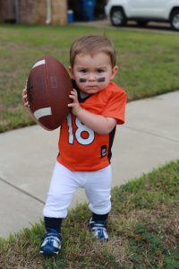 toddler-halloween-costumes-football-player
