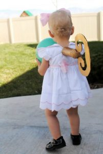 toddler-halloween-costumes-wind-up-doll