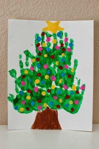 christmas-handprint-art-canvas-tree