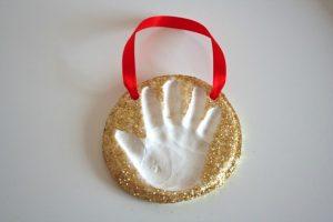 christmas-handprint-art-simple-ornament