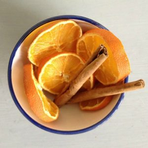 making-potpourri-with-kids-dried-orange-and-cinnamon
