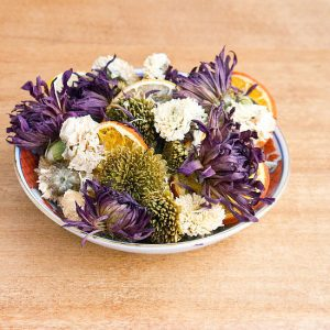 making-potpourri-with-kids-flowers-and-citrus