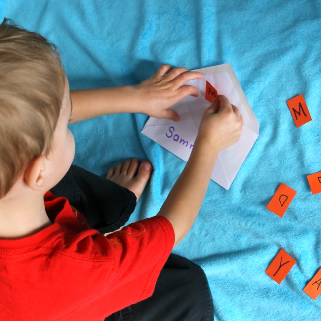quiet time activities that teach the alphabet to preschoolers