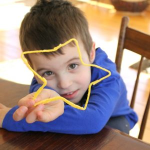 Amazing ways to play with Wikki Stix!