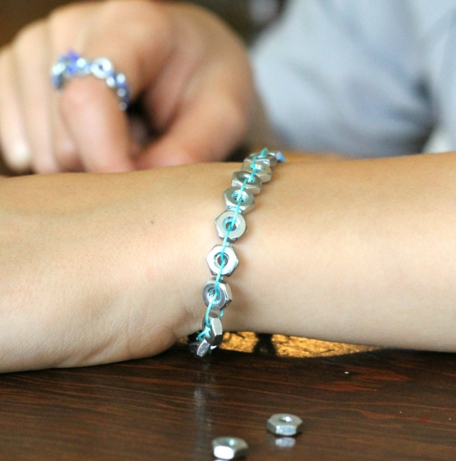 handy craft for handy kids - a great bracelet using washers