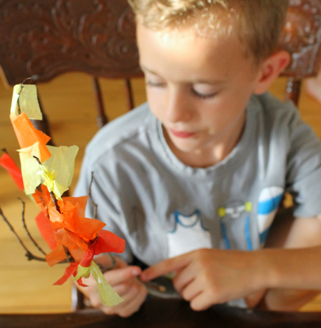 Fun autumn crafts for preschoolers using nature