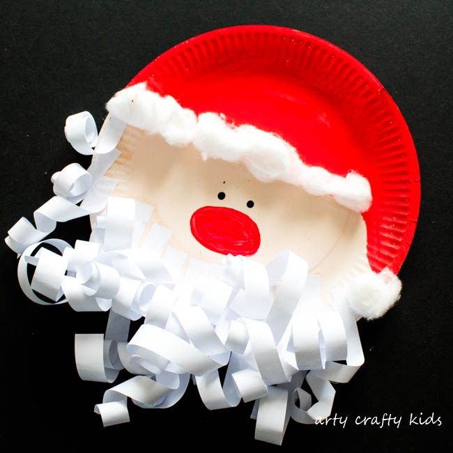 This Santa preschool craft is perfect for Christmas crafts!