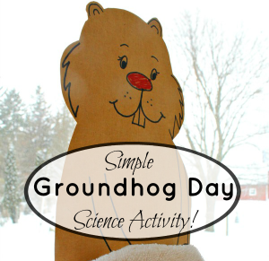 Groundhog Day Science activities for preschoolers! Such a fun shadow tracing activity for kids. #groundhog #science #STEM