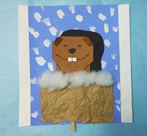 a great preschool craft for Groundhog day. Nice and easy!