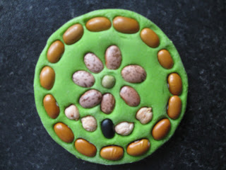 http://pre-schoolplay.blogspot.ca/2012/04/salt-dough-bean-art.html