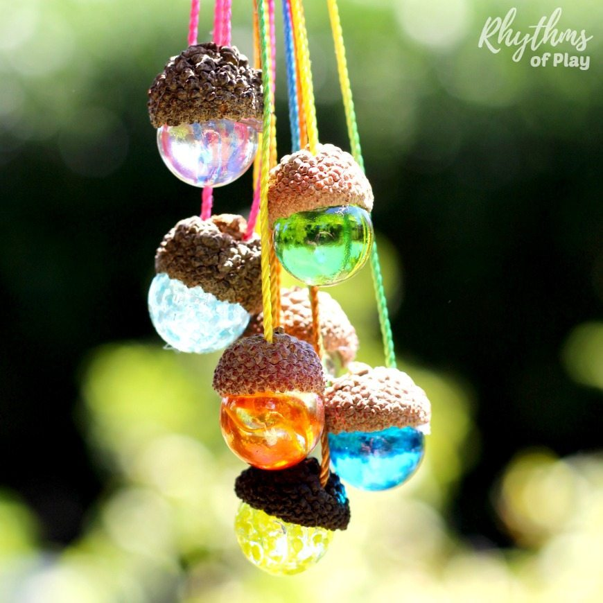 Gorgeous craft for kids to make and necklaces to wear too!