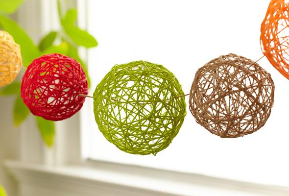 A yarn ball art activity for kids