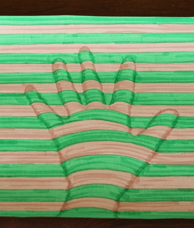 Optical illusions for kids to make! THese art projects are simple and awesome. #art #kids #illusions #artprojects
