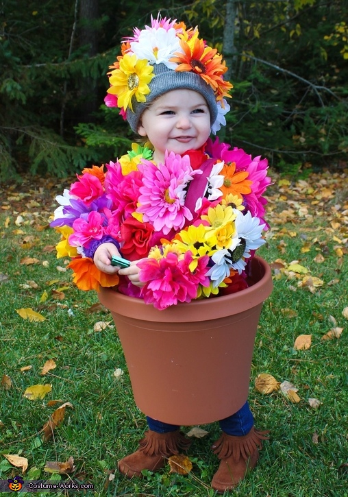 Sweet Halloween Costume for a toddler - a pot of flowers! Homemade from Dollarstore supplies.