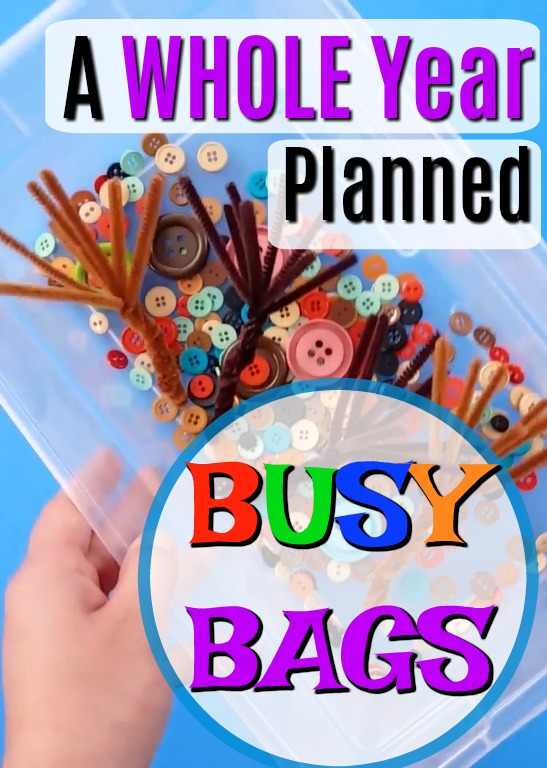 An entire year's worth of busy bag ideas planned for you! These are great quiet time activities for independent play for preschoolers. #howweelearn #quiettime #busybags #preschoolactivities #preschooler #playideas #toddleractivities