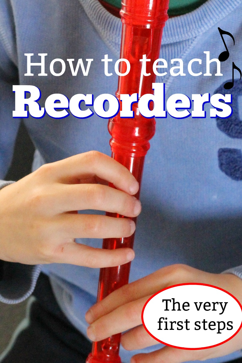 The easiest way to teach kids to play the recorder! Love this step by step simple tutorial! #HowWeeLearn #sponsored #oakmeadow #Recorder #musicalinstruments #howto #tutorial #musicclass #homeschool #homeschooling #learning #kidsactivities #music #activitiesforkids