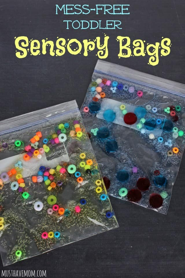 These busy bags provide a great sensory experience and opportunities for rich conversation with your little one. You can find more stellar busy bags for babies, toddlers, preschoolers and kids by clicking here! #howweelearn #busybags #quiettime #finemotor #preschoolactivities #kidsactivities
