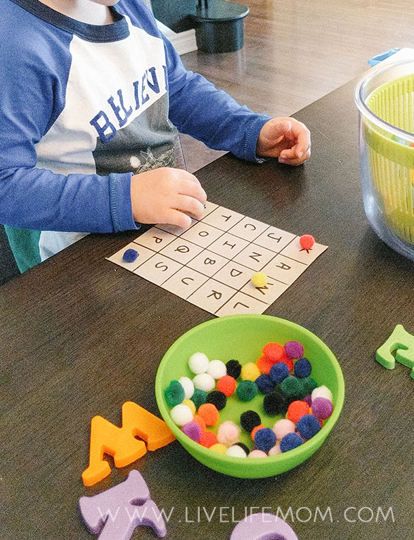 Alphabet Bingo is a thrilling way to encourage your preschooler to practice letter recognition. Keep learning fresh and exciting with this awesome collection of letter activities for preschool! #howweelearn #abc #alphabet #alphabetactivities #letters #lettersounds #preschool