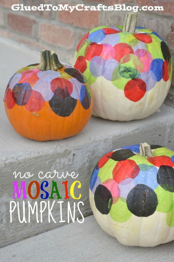 Your child can choose from varying colors and sizes of tissue paper to cover or decorate their pumpkin. Here is a list of more pumpkin decorating ideas that toddlers, preschoolers and kids of all ages can create! #howweelearn #pumpkincarving #pumpkindecorating #jackolantern # halloween #kidsactivities